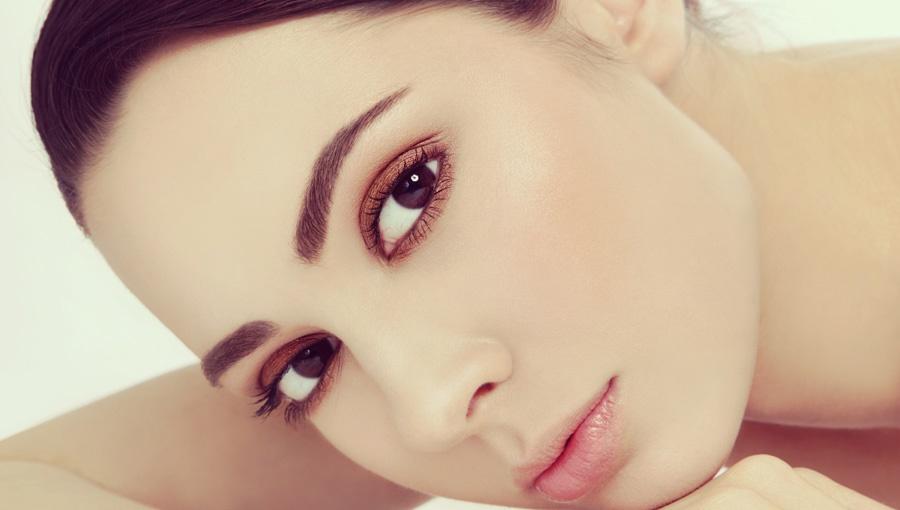 Henna W Roli Głównej Sposoby Na Farbowanie Brwi I Rzęs Makijaż